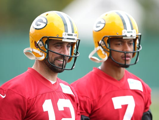 636450534220243635-rodgers-hundley2.jpg