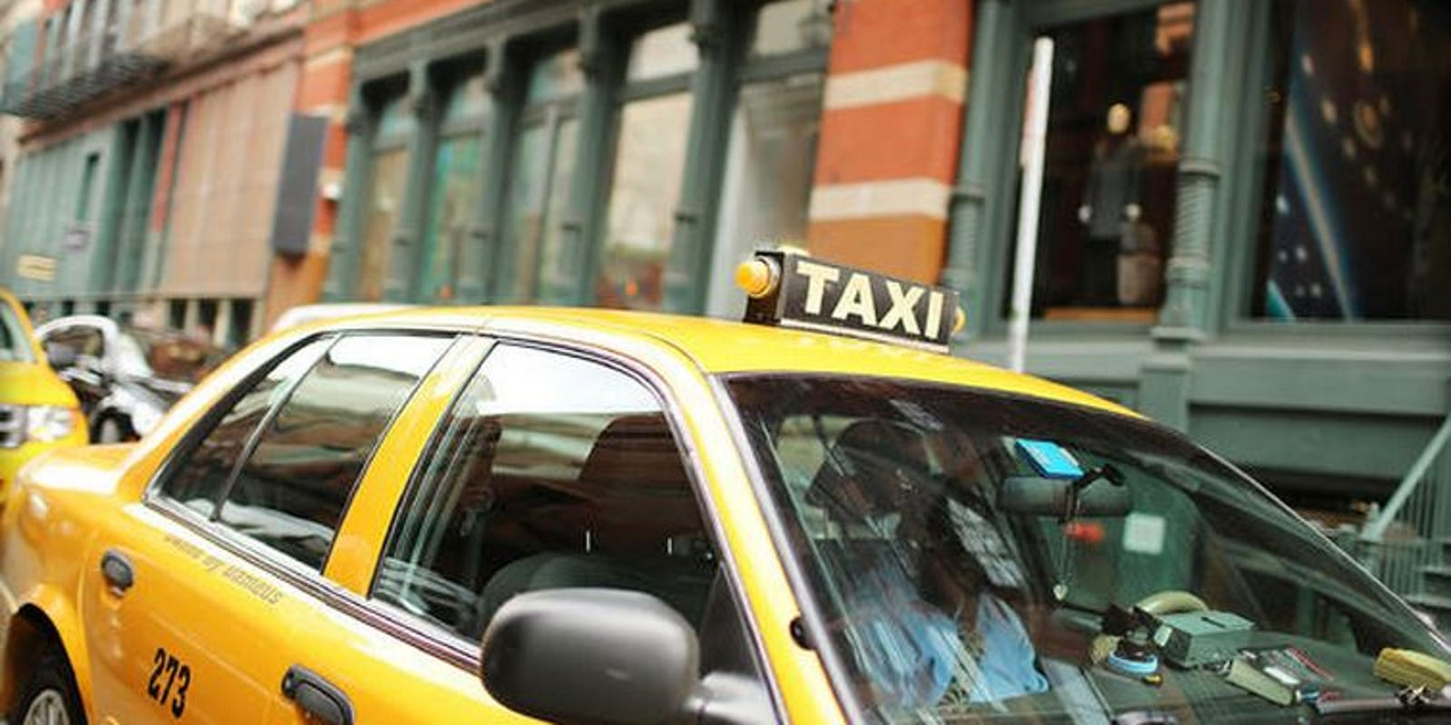 nyc cabbie may have to pay 25k for snubbing black passengers. Black Bedroom Furniture Sets. Home Design Ideas