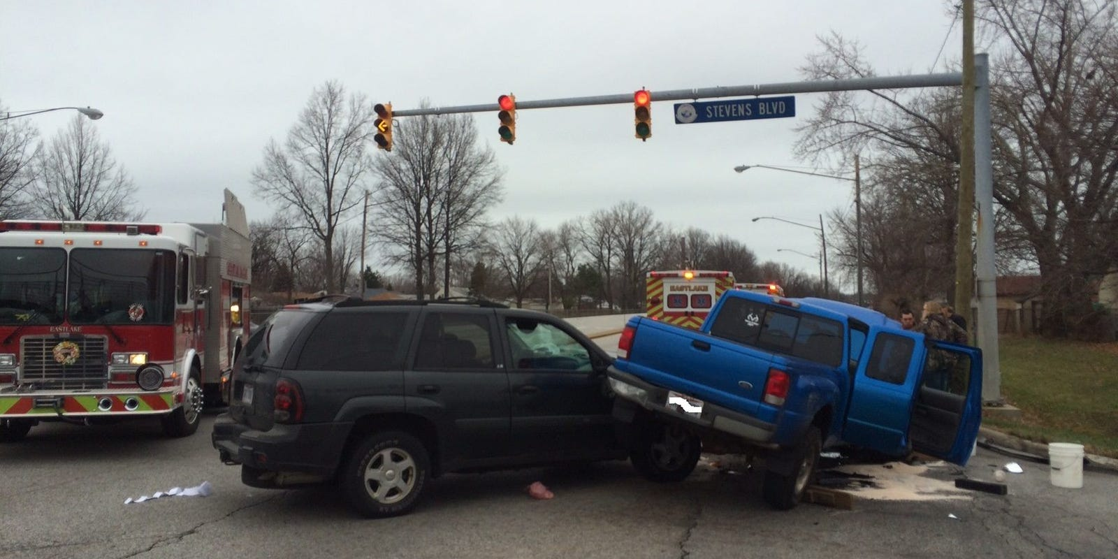 Drivers ticketed after a 3-car accident in Eastlake