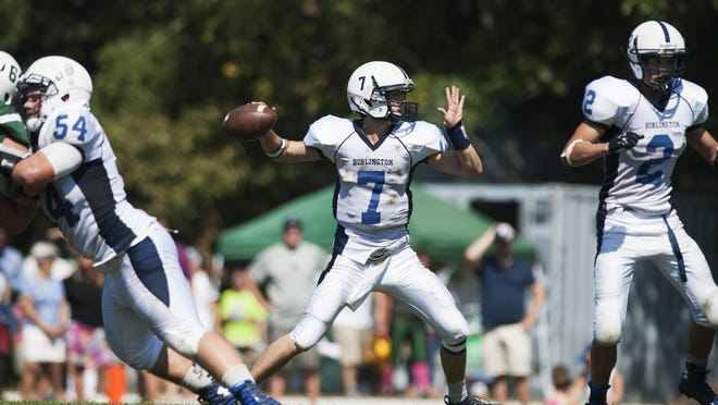 After throwing 34 touchdowns in 2015, senior quarterback Peter LaBracio returns to lead the Seahorses back to the Division II playoffs.