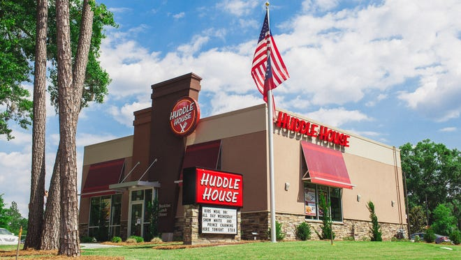 Restaurant chain Huddle House plans to open its first location in Clarksville.