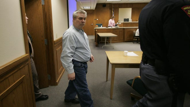Steven Avery walks into the courtroom at the Calumet County Courthouse in February 2007.