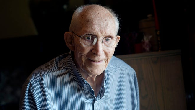 Jim Chafin coached football at Robert E. Lee High School. Now age 88, he lives with his wife Joan in Tyler, Texas.  (Sarah A. Miller/Tyler Morning Telegraph)