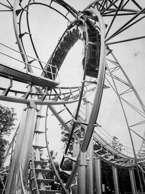 1978: Lightnin Loops riders enjoy the roller coaster.