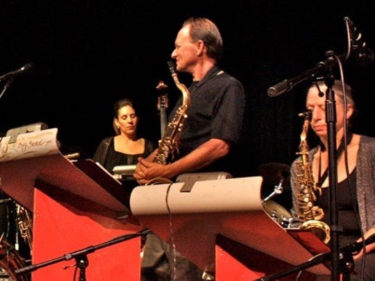 Jeff Solon's Swing'n Big Band will perform a variety