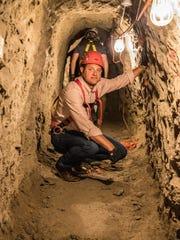Congressman David Valadao (R-Hanford) tours Galvez