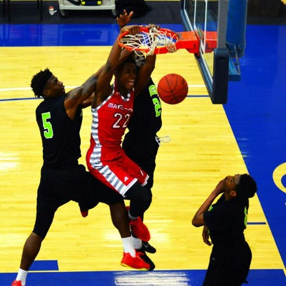 Reggie Scurry (22) averaged 8.2 points and 7.6 rebounds