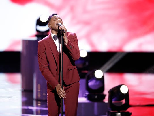 """Chris Blue sings in """"The Voice"""" Top 11"""