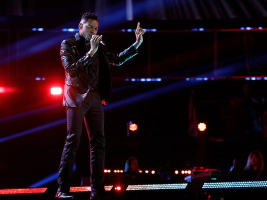 """Chris Blue performs in """"The Voice"""" season 12 finale"""