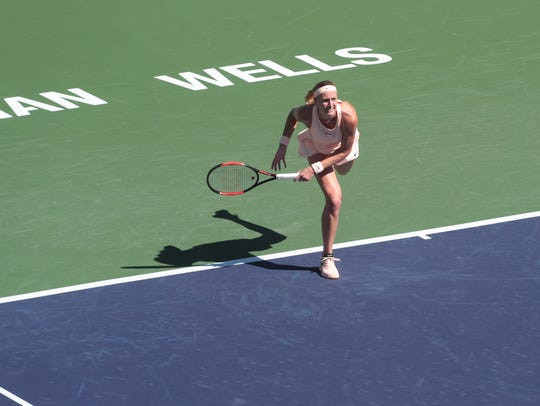 Petra Kvitova is defeated by Amanda Anisimova at the