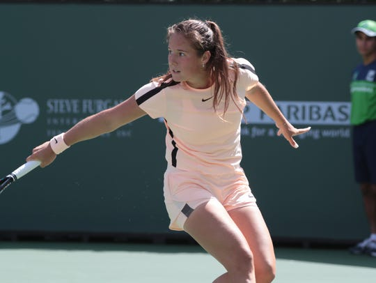Daria Kasatkina returns to Naomi Osaka at the BNP Paribas