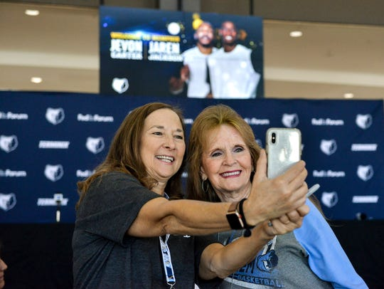 Grizzlies fans Susan Crawford (left) and Joyce Ripley