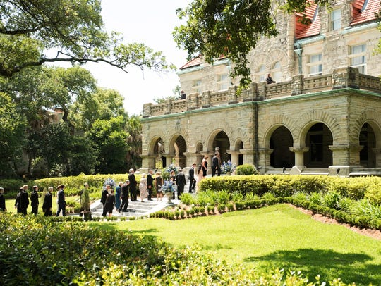 The Stanton mansion illustrates the concept of privilege
