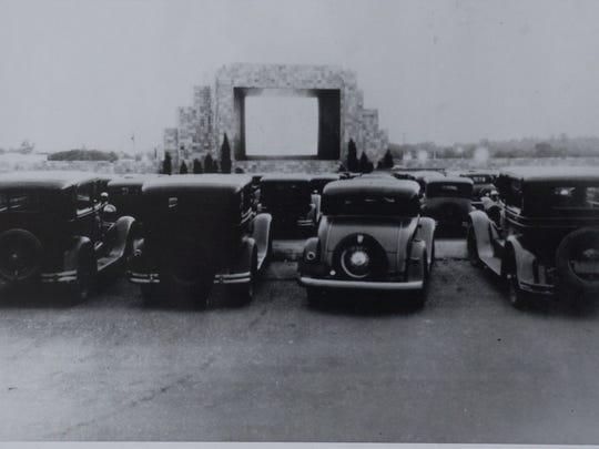 The Automobile Movie Theatre on Admiral Wilson Boulevard,
