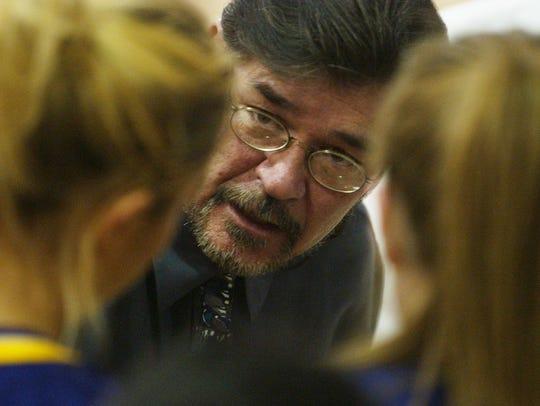 -  -GFT, 31.01.2003:5A -- Big Sandy coach Roy Lackner
