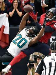 Jacksonville Jaguars cornerback Jalen Ramsey (20) breaks