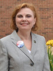 Kathleen Davies is running for Delaware State Auditor.