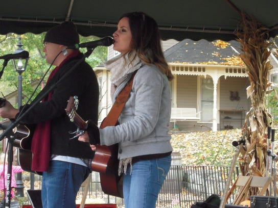 Dawson Cooper performs at the 2014 Apple Butter Stirrin'