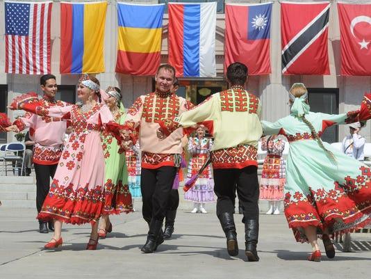 -parade of nations25.JPG_20140726.jpg