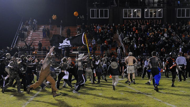 10 high school football stadiums you should visit in Midstate