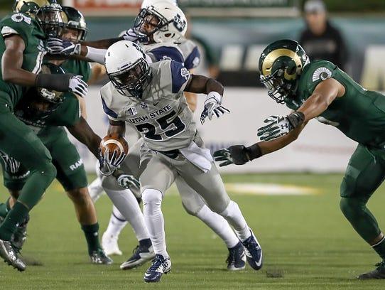 October 8, 2016: Utah State WR Gerold Bright #25 tries