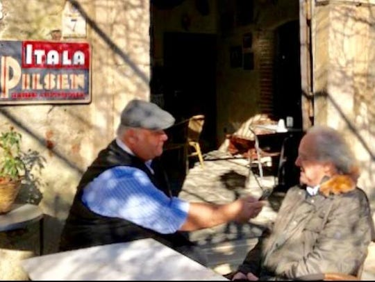 An interview with Bar Vitelli's owner at the Sicilian