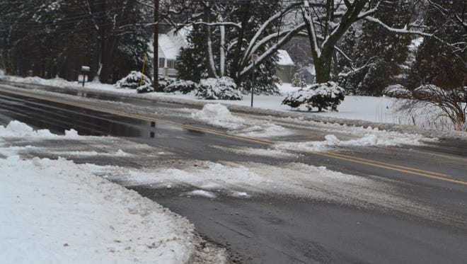 The Road Commission for Oakland County is reminding residents it is illegal to put shovel or plow snow/ice into roadways, as well as creating hazardous sight lines with piled up snow.