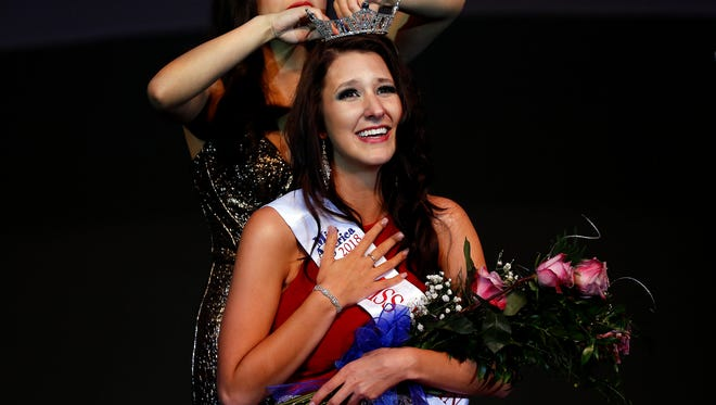Hannah Ashbeck is crowned the winner of the Miss Wisconsin Rapids Area Scholarship Pageant in Wisconsin Rapids, Wis., on Saturday, October 21, 2017.