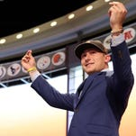 CFL's Tiger-Cats offer Johnny Manziel a contract