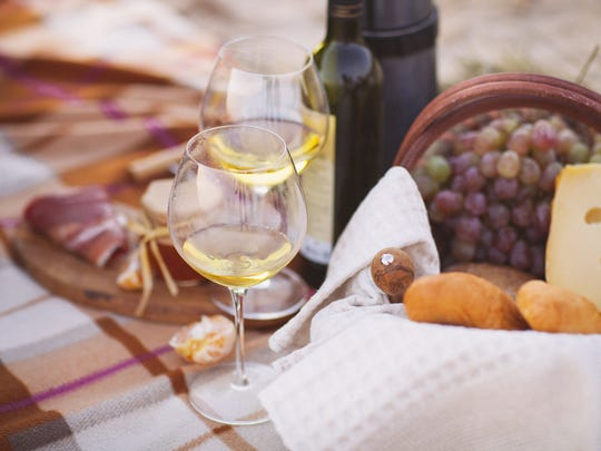 Crisp, white wines should be paired with appetizers.