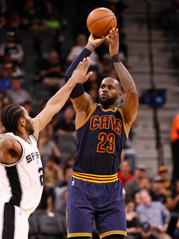 Cavaliers small forward LeBron James (23) shoots the