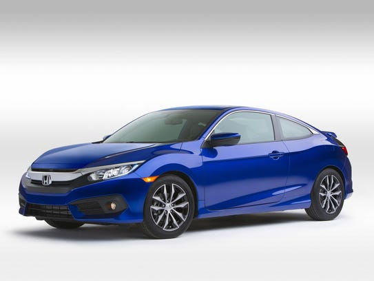 The 2016 Honda Civic Coupe comes with Apple CarPlay