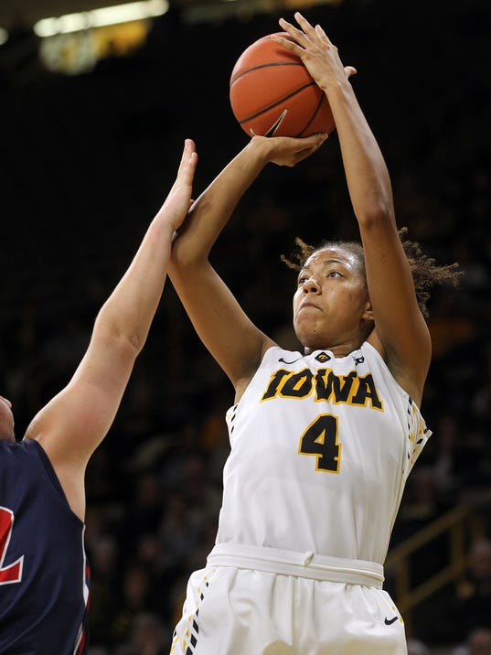 636169141203758692-IOW-1209-Iowa-vs-Robert-Morris-wbb-02.jpg