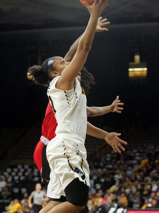 636216703186052438-IOW-0202-Iowa-wbb-vs-Rutgers-12.jpg