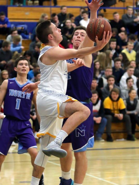 Boys basketball MHS WNH 6