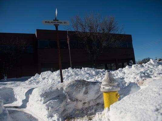 HES-CB-01242016-snow