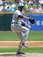 Tigers pitcher Blaine Hardy delivers the ball on Sunday,