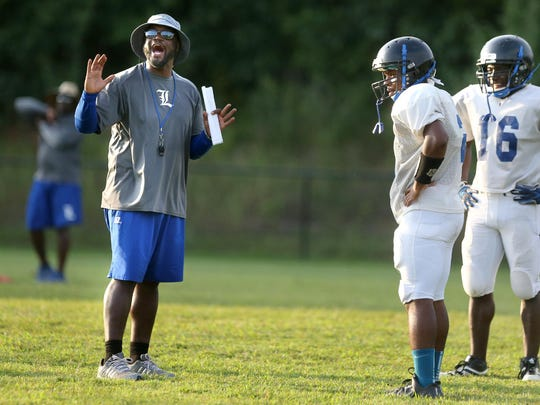 La Vergne coach Stanton Stevens and his Wolverines