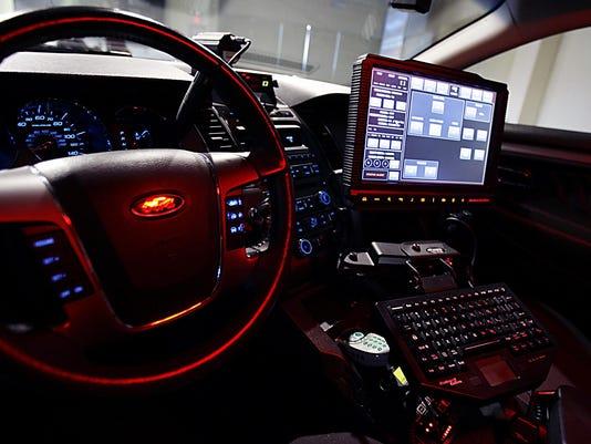 0825_fl_gm_bu_police_car