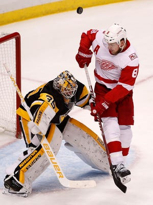Justin Abdelkader scored on a power play on Saturday for the Red Wings' only goal against Pittsburgh.