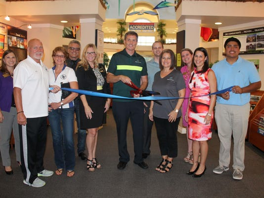 iTrip Vacations Ribbon Cutting.jpg