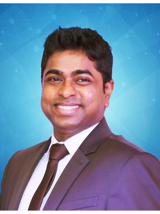 Thiru Ganesan Headshot