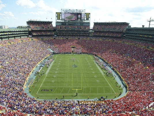 Wisconsin Badgers vs. LSU Tigers at Lambeau Field
