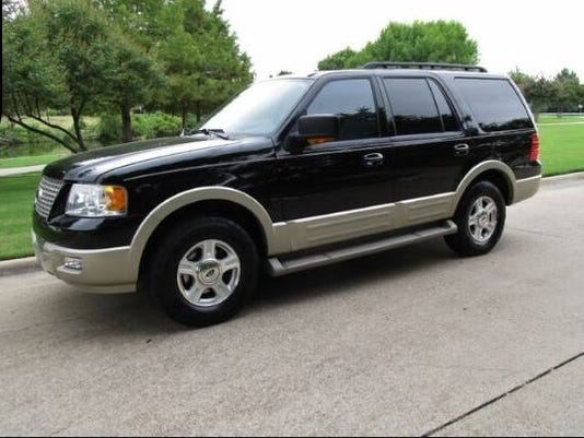 Black Ford Expedition.jpg