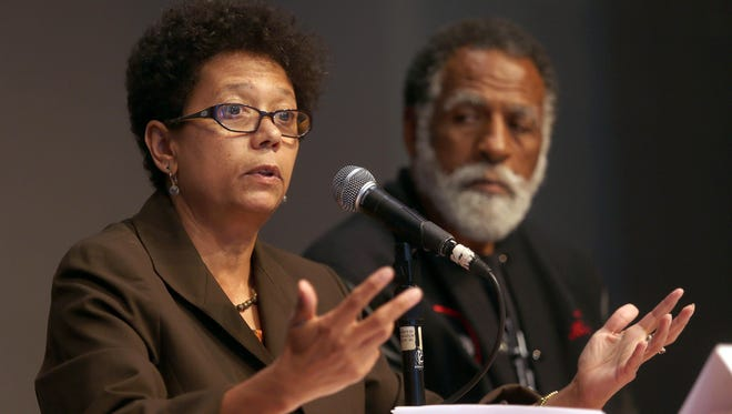 Journalist Dori Maynard speaks at a forum in Oakland on July 18, 2013.