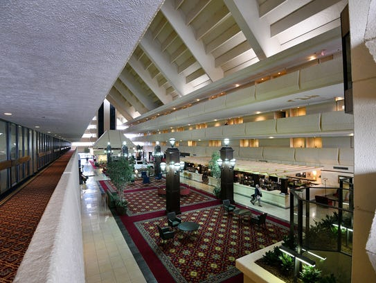 The Marriott is Knoxville's largest hotel, with 378