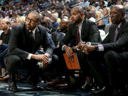 Memphis Grizzlies head coach David Fizdale, consults