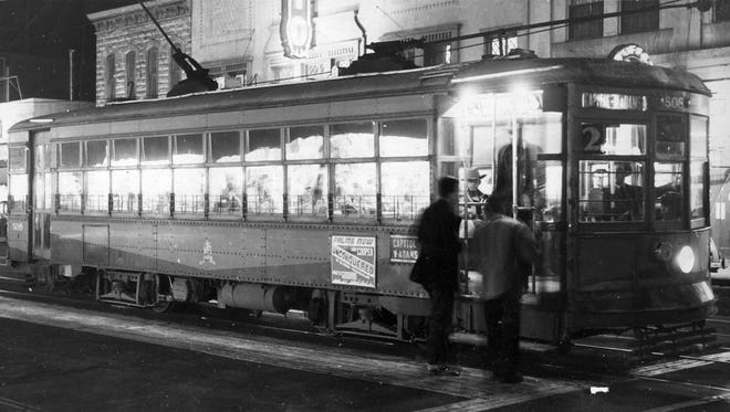 Factors such as more paved streets and the development of buses began to chip away at streetcar use in Phoenix. One of the advantages of the combination of buses on paved streets was that they were quieter than streetcars.
