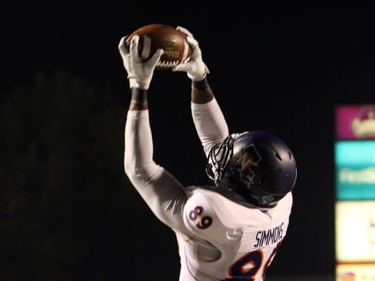 Corey Simmons grabs an 8-yard touchdown pass in the second quarter of Northwestern State's 58-35 loss at Central Arkansas Saturday night.
