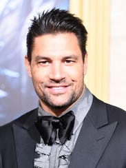 Actor Manu Bennett will appear at Phoenix Comicon.